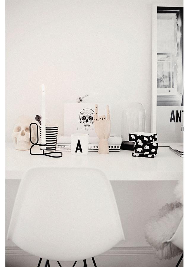 Skrivbord1